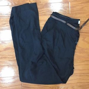 Black belted mid rise trousers